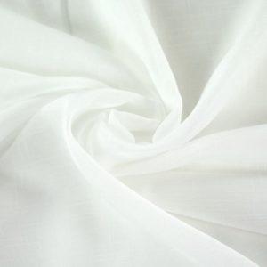 Drapé en organza blanc
